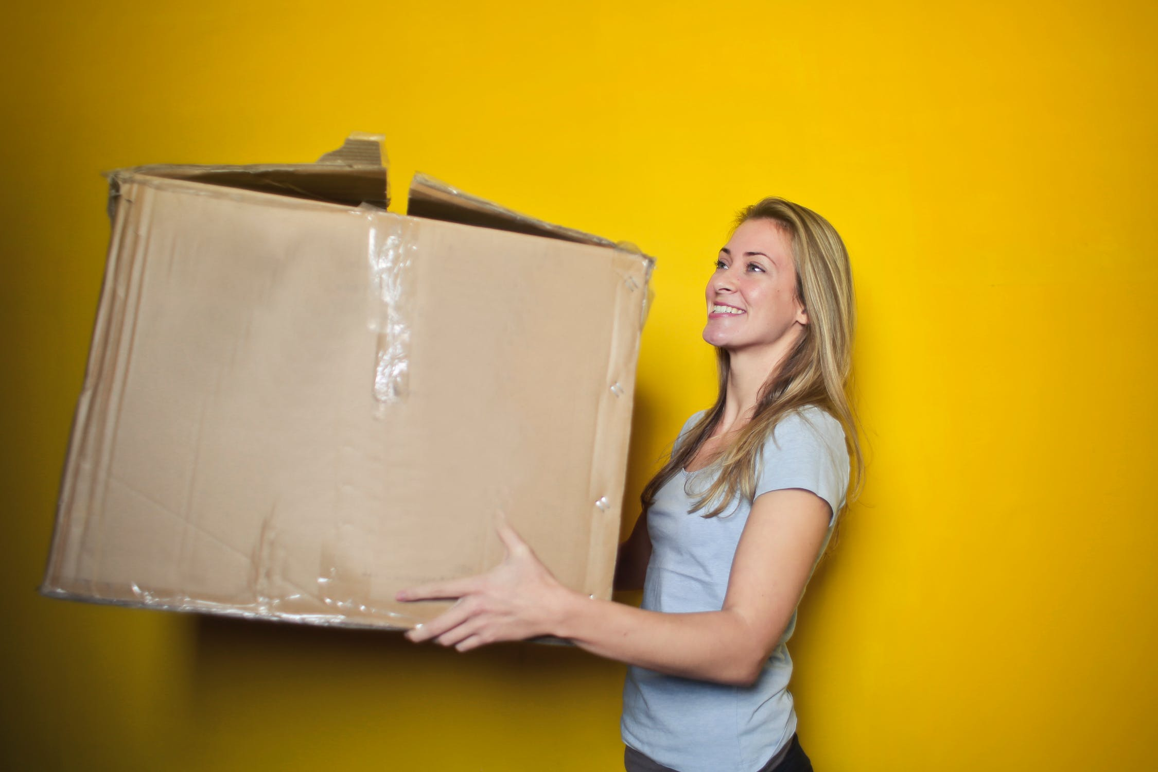 Moving boxes are important when you pack your decicates for international relocation