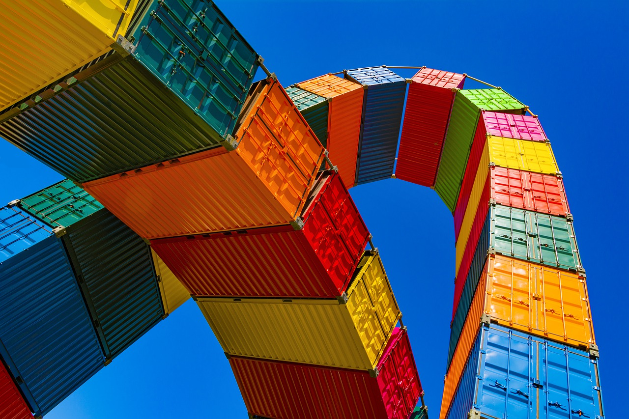 Ship containers that transport one of the common internationally shipped items