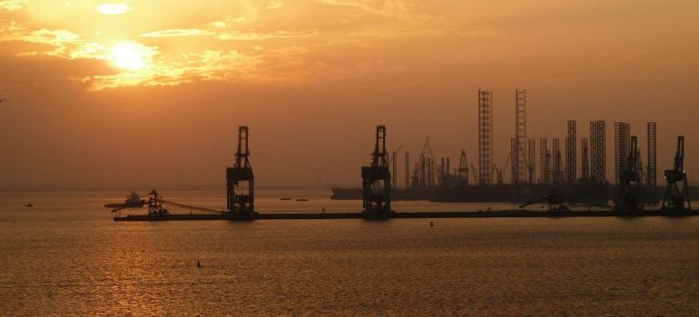 Shipping to Bahrain means going through its ports