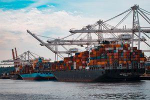 Shipping ships