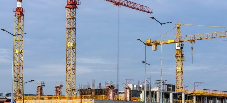 Moving your construction company to Kuwait