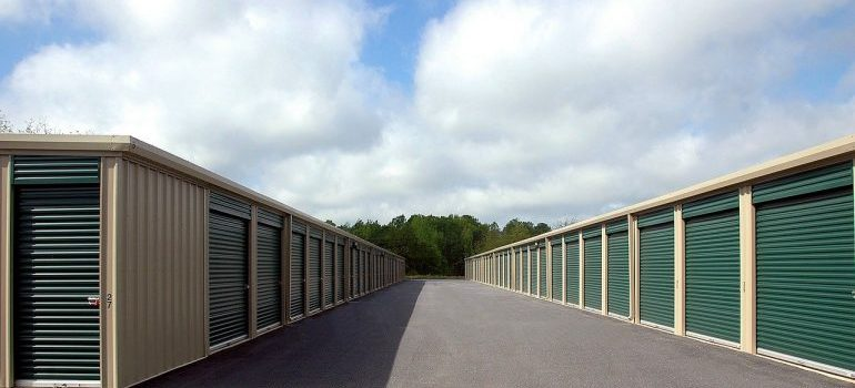 5 reasons why you might need a climate-controlled storage unit