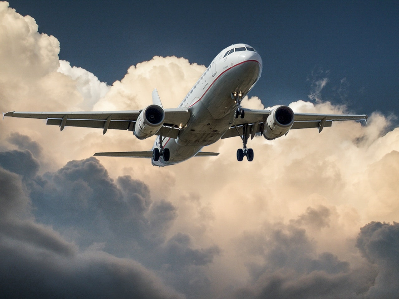 Learn about air freight trends to watch in 2021